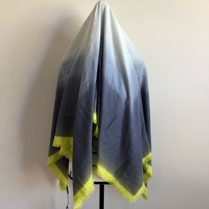 NWT Vince Camuto Limelight Sea Ombre Square Scarf